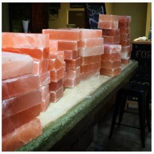 cocinar-sobre-bloque-de-sal-1